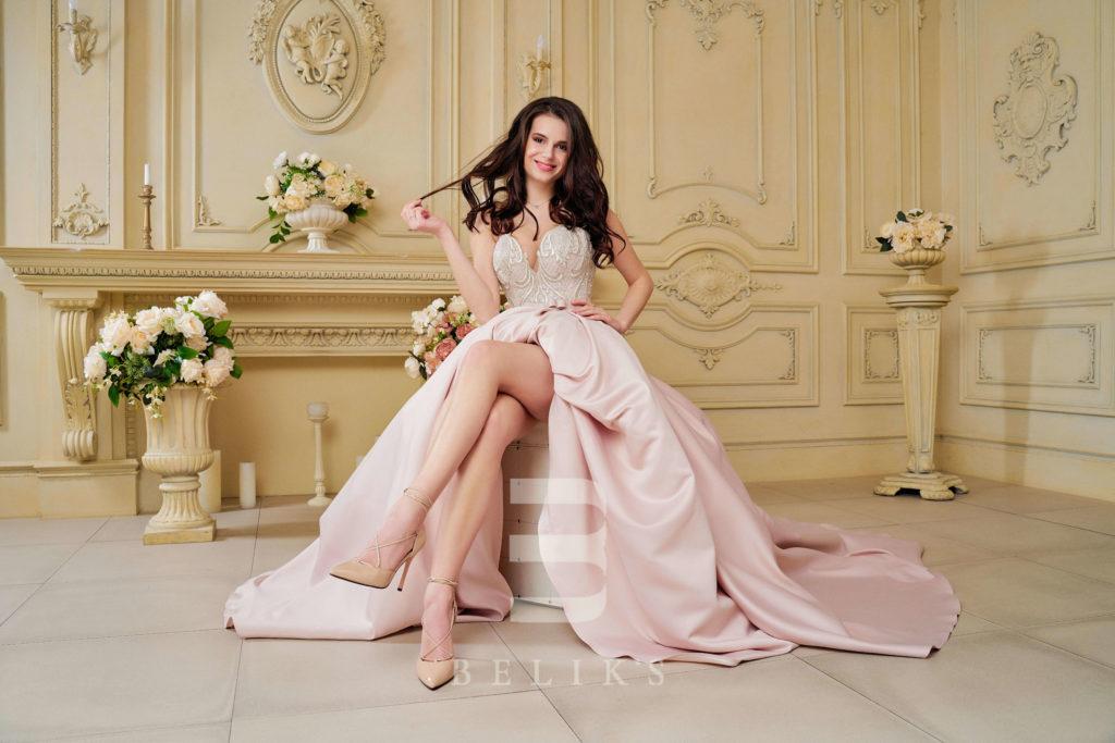 сучасні весільні сукні